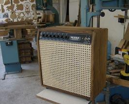 Custom Tube Amp - case made of oak and bamboo